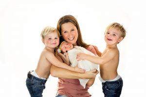 Babybilder Neugeborene Bilder in Bergheim Fotostudio