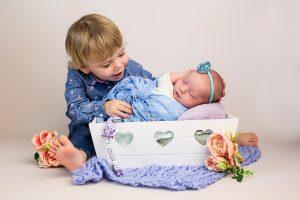 Babyfotos Neugeborene Bilder im Bergheim Fotostudio