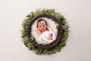 Neugeborenebilder Babyfotos in Bergheim Fotostudio