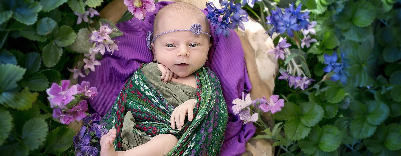 Blumiges Neugeborenen Fotoshooting in Bergheim